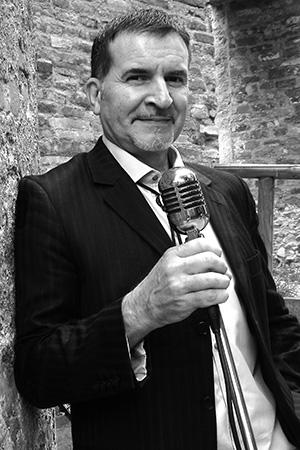 Zauberer und Musiker Michael Fasiloglu aus München
